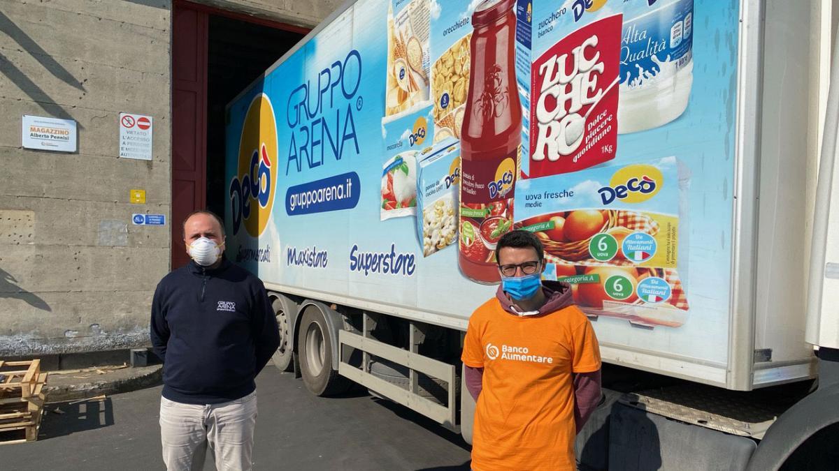 Il Gruppo Arena dona tre tir di alimenti al Banco Alimentare della Sicilia